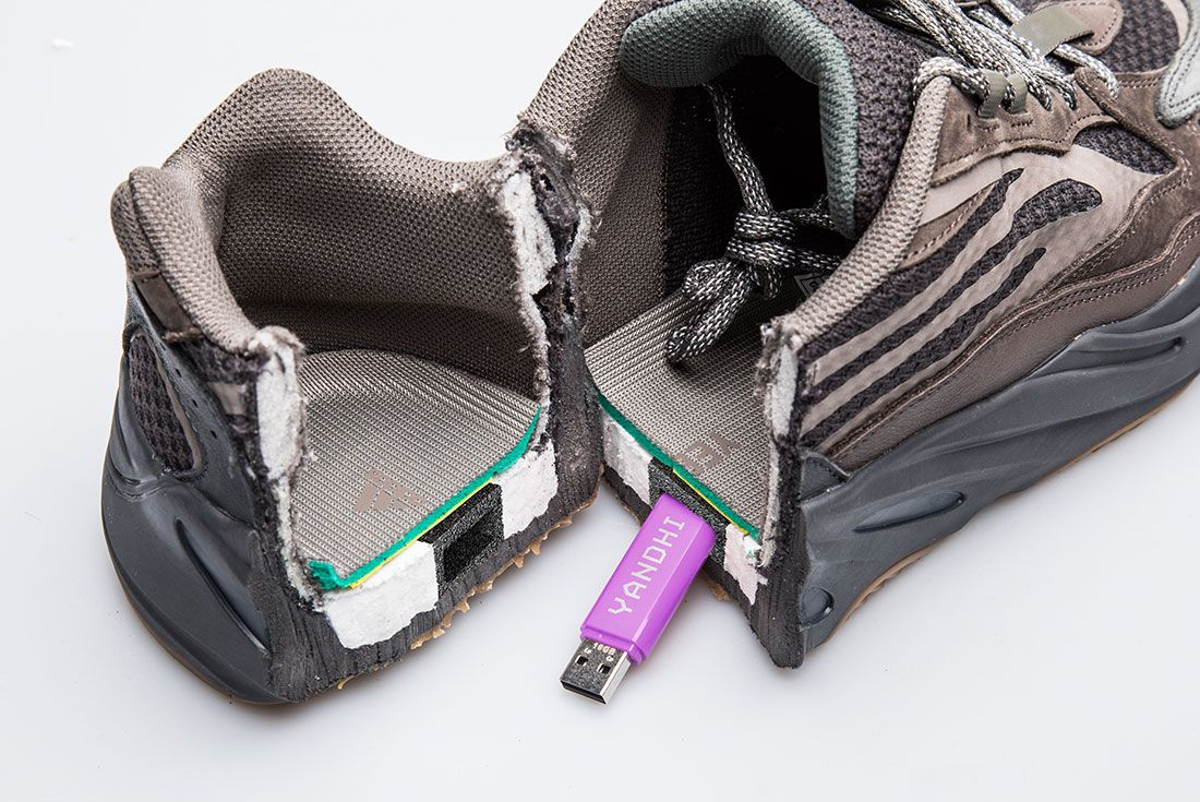 Adidas Yeezy 700 Boost Yandhi Album April Fools Split Usb