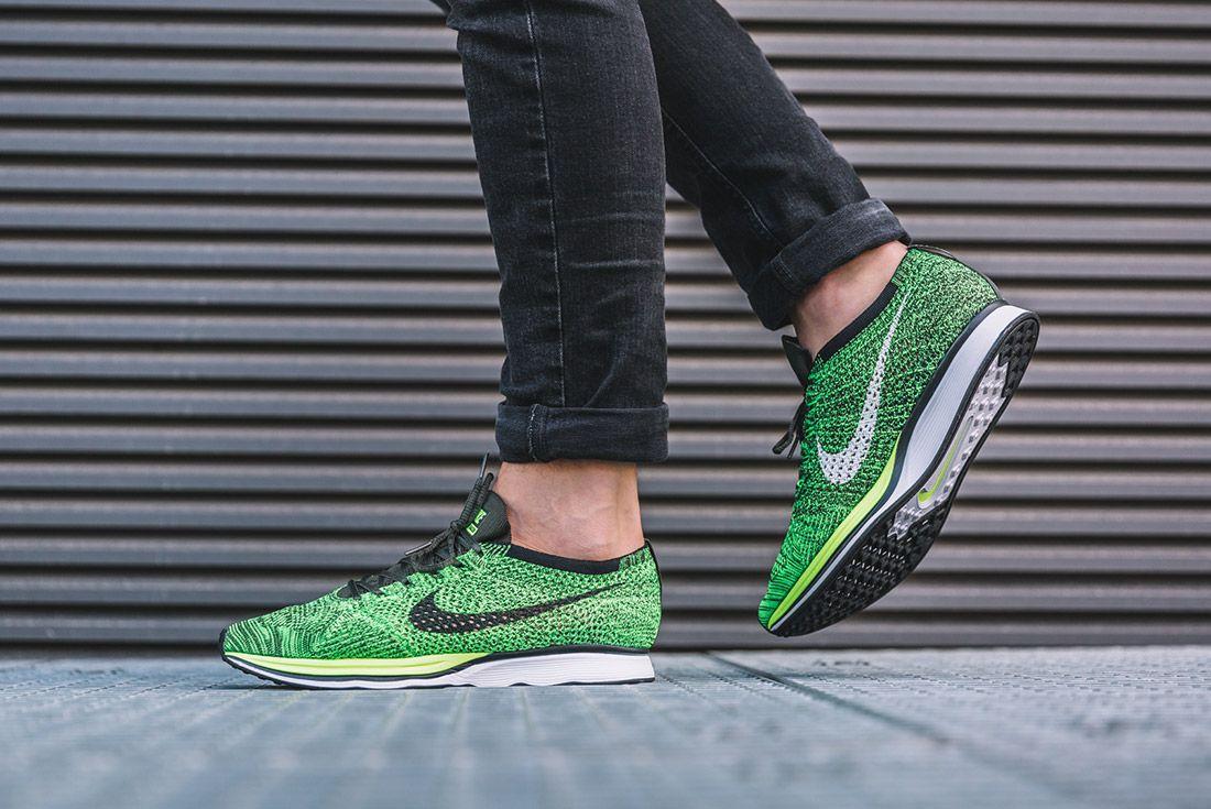 Nike Flyknit Racer Volt Sequoia 3