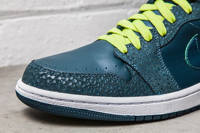 Nike Air Jordan 1 Retro 86 Lush Teal Safari 1