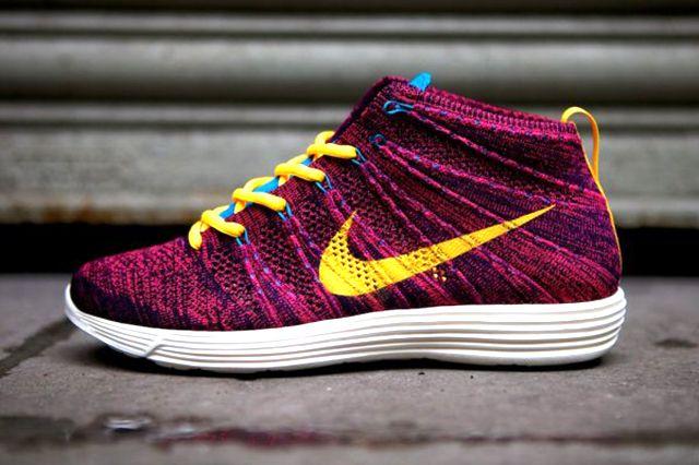 Nike Lunar Flyknit Chukka (Grand Purple