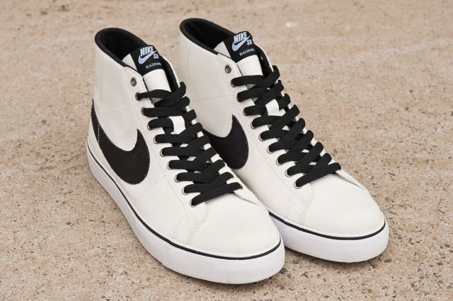 Two Up Zoom Blazer Mid 3