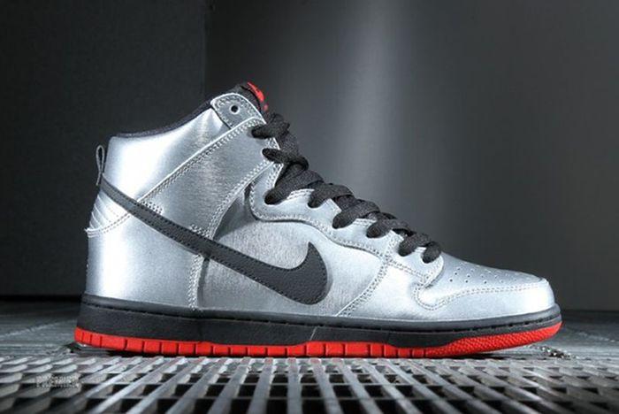 Nike Sb Dunk High Metallic Silver