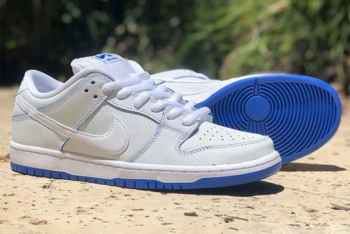 Nike Sb Dunk Low Prm White Game Royal 1 Pair Side