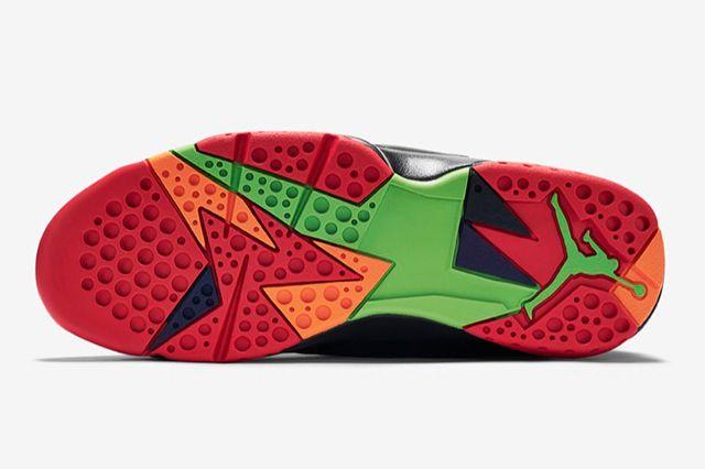Air Jordan 7 Marvin Martian 3