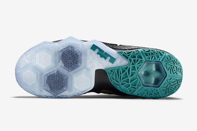 Nike Lebron 12 Low Svsm6