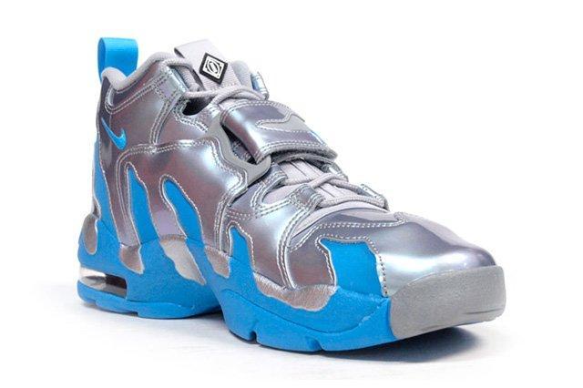 Nike Air Dt Max 96 Metallic Silver Vivid Blue 2