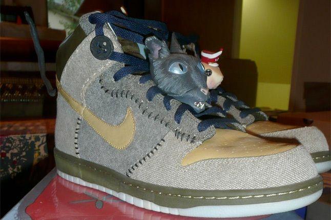 Nike Dunk Coraline 1