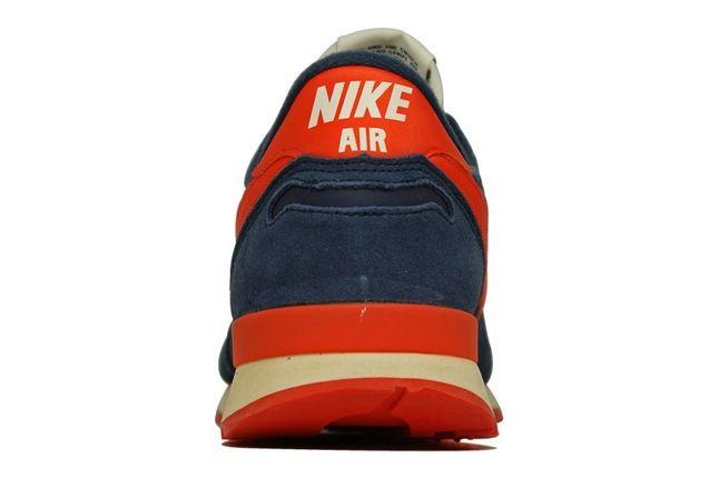 Nike Air Vortex Vntg Blue Heel Profile 1