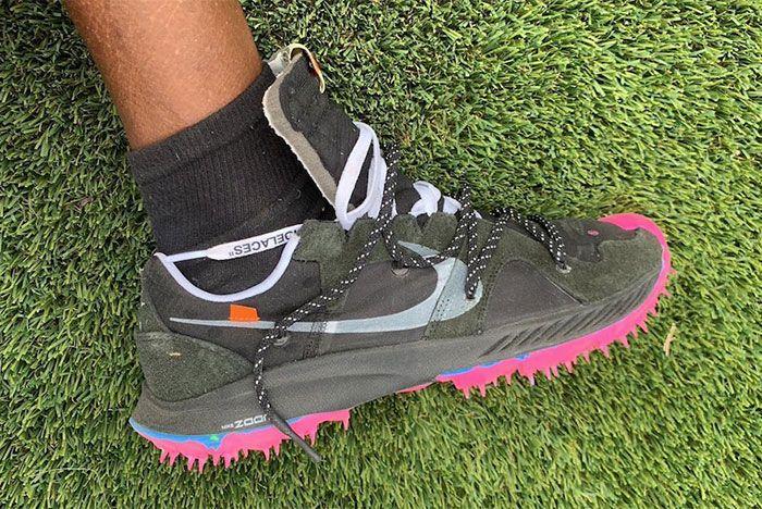 Virgil Abloh Off White Nike Sneaker Coachella 2019 Womens Running Side Shot 1
