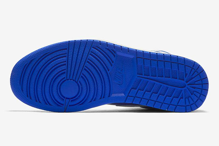 Jordan 1 Hyper Royal 555088 401 2 Sneaker Freaker