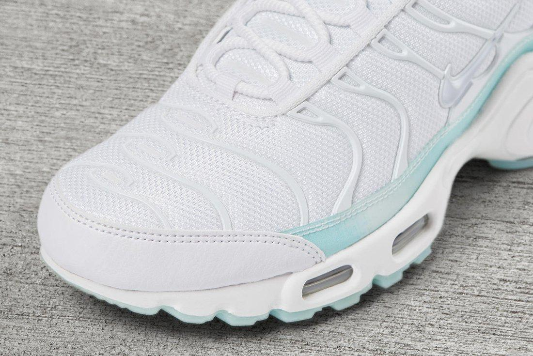 Nike Unleash A Trio Of Colour Changing Air Max Plus Make Ups3