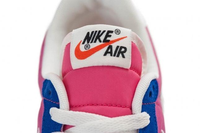 Nike Wmns Air Vortex Vntg Pink Tongue Detail 1