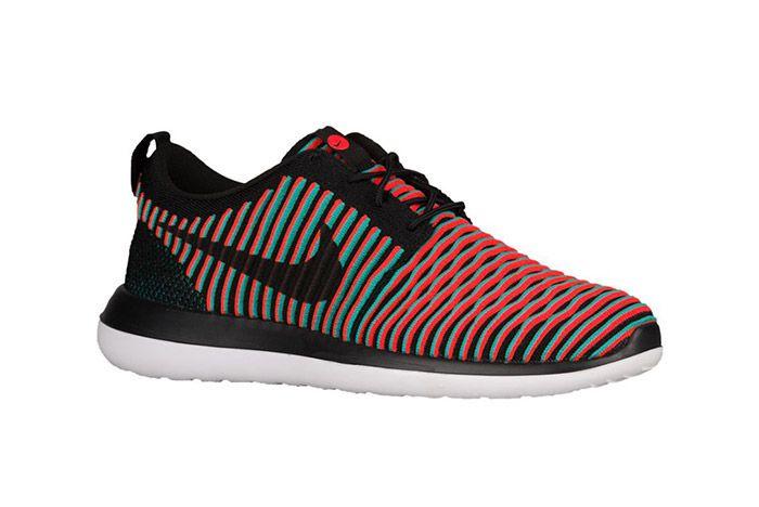 Nike Roshe Two Flyknit Black Crimson Jade 1