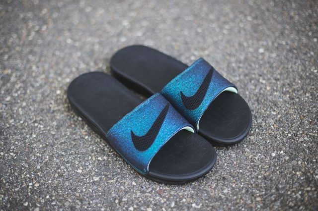 Nike Womens Benassi 5