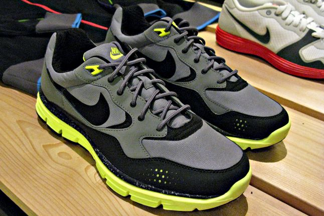 Nike Lightweight Hikers 1