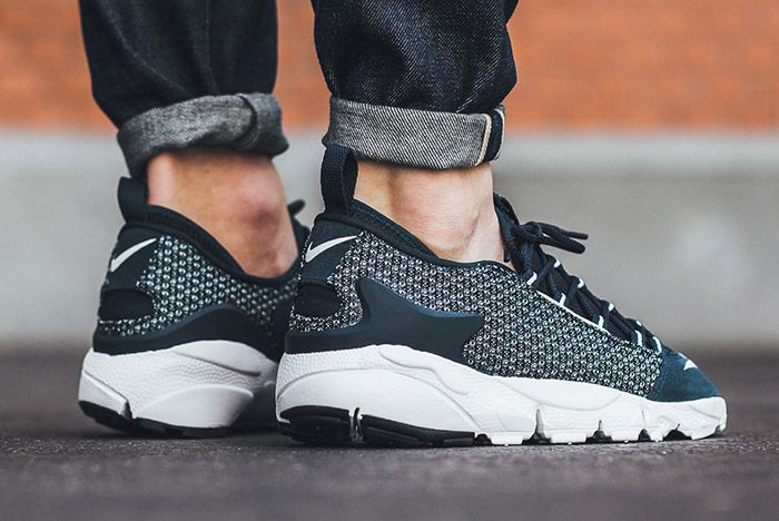 Nike Air Footscape Jacquard Armory Navy Blue White 1