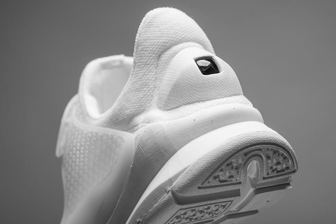 Nike Sock Dart Triple White 5