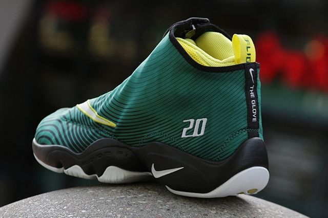 Sole Collector Nike The Glove Sonics 4