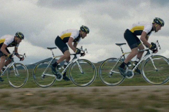 Nike Human Chain Lance Armstrong 1
