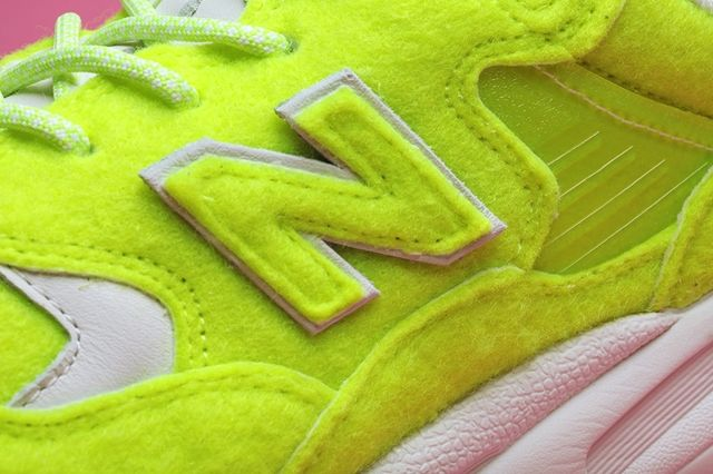 Mita Sneakers New Balance 580 Battle Of The Surfaces Bump 3