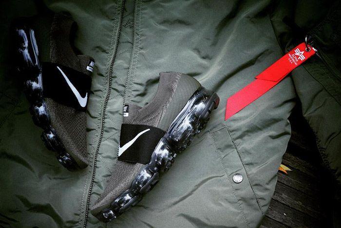 Nike Air Vapormax Slip On Strap Olive Green 1