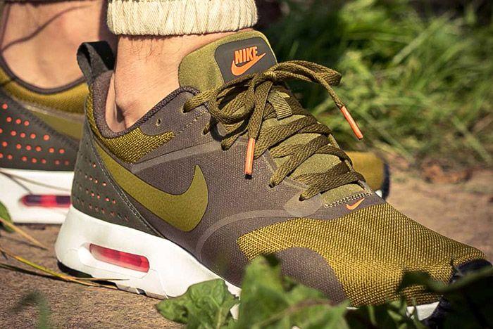 Nike Air Max Tavas Olive Flak 4