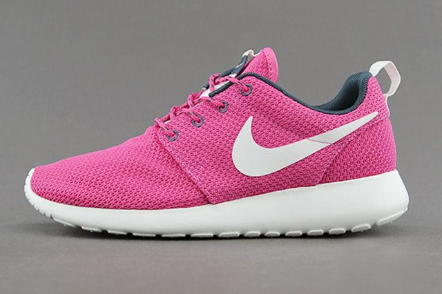 Nike Wmns Roshe Run Cotton Candy 5