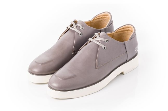 380G Carin Wester Grey Leather Angle 1