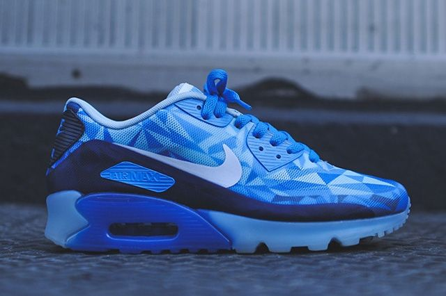 Nike Air Max 90 Ice Barely Blue Thumb