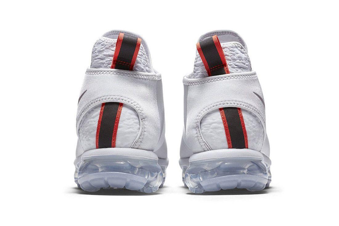 Nike Air Vapormax Chukka 6