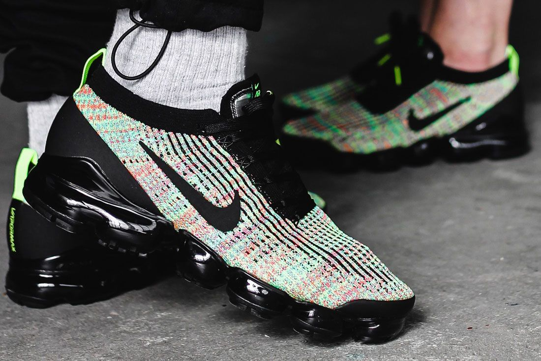 Nike Vapormax 3 Flyknit Multi Colour Right 2