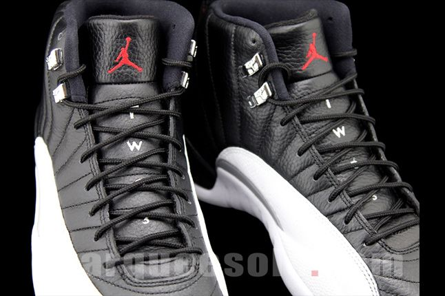 Air Jordan 12 Playoffs 04 1