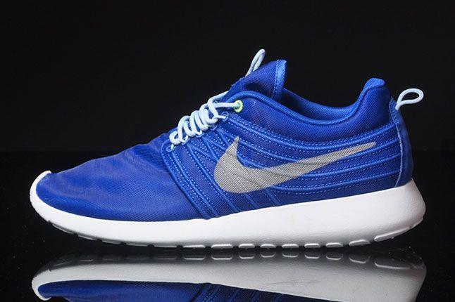 Nike Roshe Run Dynamic Flywire Hyper Blue Side 1