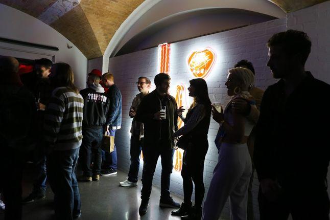 Nike Air Max Anniversary London Mingling 1