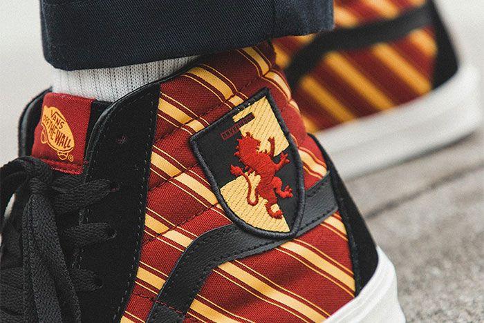 Harry Potter Vans Sk8 Hi Insignia