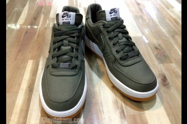 Supreme X Nike Air Force 1 Low Olive Toe 1