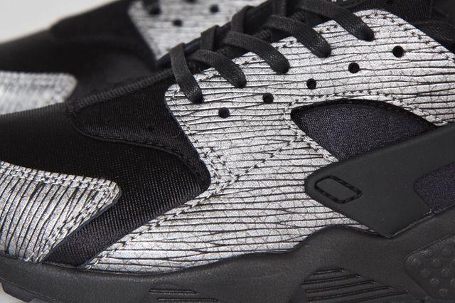 Nike Huarache Crackle 2