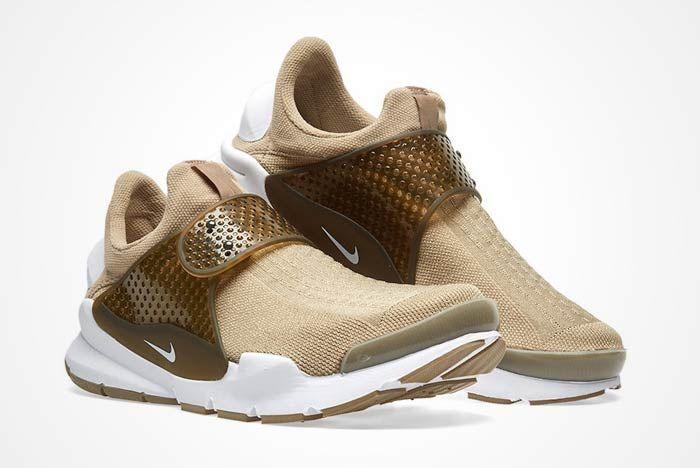 Nike Sock Dart Khaki 3