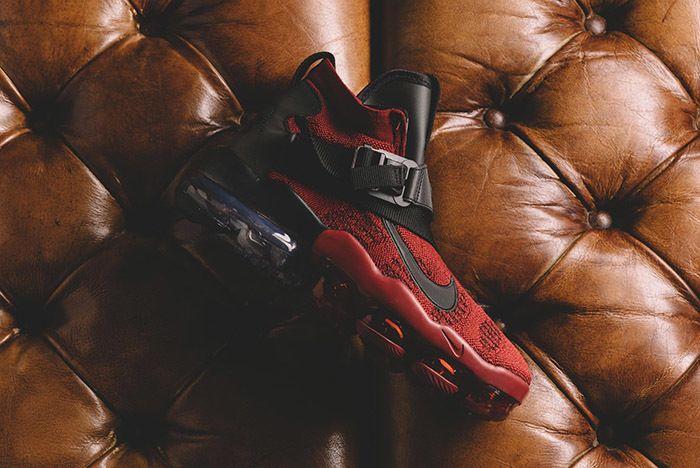 Nike Vapormax Premier Flyknit Team Red 1