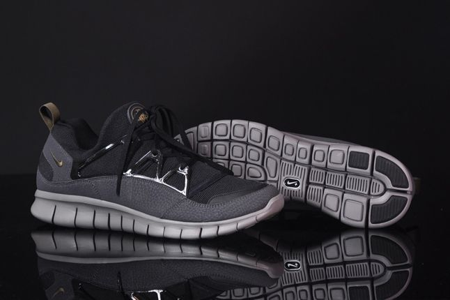 Nike Free Hua Light Scwarz Grau Hero 1