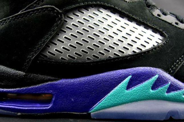 Air Jordan V Black Grape Midfoot Detail 1