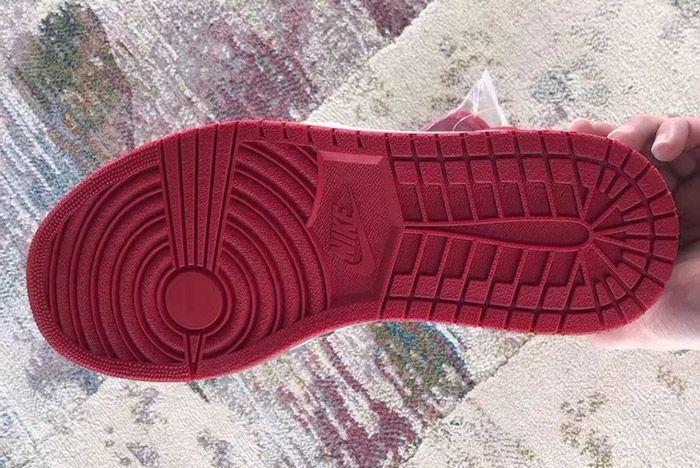 Air Jordan 1 Bred Toe Sneaker Freaker 4