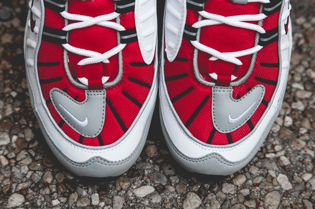 Nike Air Max 98 Uni Red Bump 5