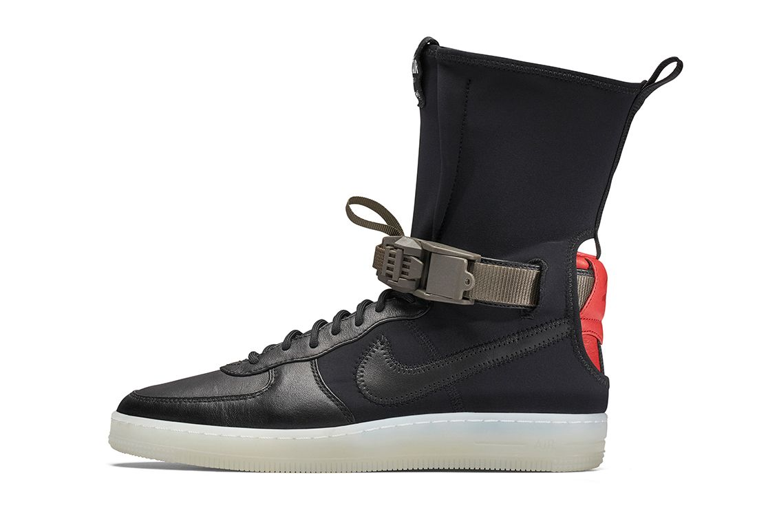 Acronym X Nike Lab Air Force 1 Downtown25