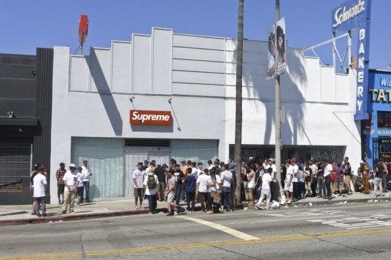 Supreme Los Angeles 570X379