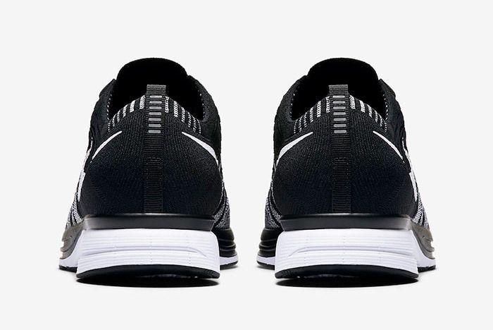 Nike Flyknit Trainer Oreo Black White 6