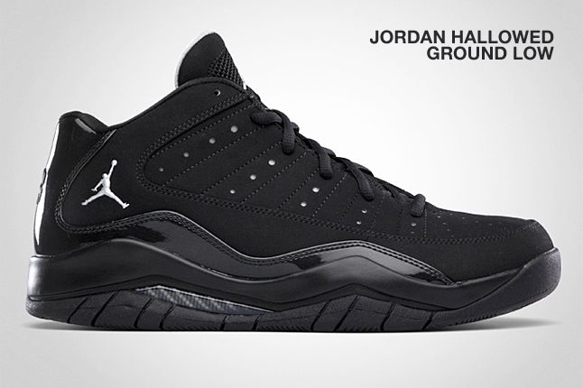 Jordan Hallowed Ground Low Black 2