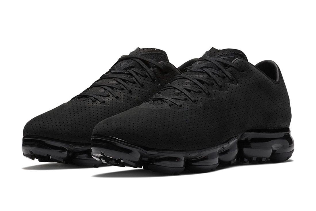 Nike Air Vapormax Suede 6