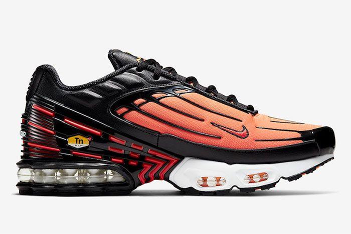 Nike Air Max Plua 3 Tiger Right