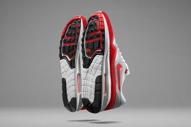 Revultionised Nike Air Max Lunar1 18